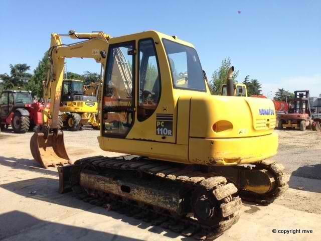 For sale Excavator Komatsu PC110R-1 Second Hand. Manufacture year: 2007. Working hours: 2800. Weight: 11000 kg. Excellent running condition. Ask us for price. Reference Number: AC3658. Baurent Romania.