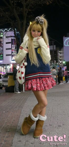 •○~ Gyaru fashion, ギャル♥ kogal - ponytail - scrunchie - sweater - boots - uggs - scarf - tote bag - cute - kawaii - Japanese street fashion✮ ~•○