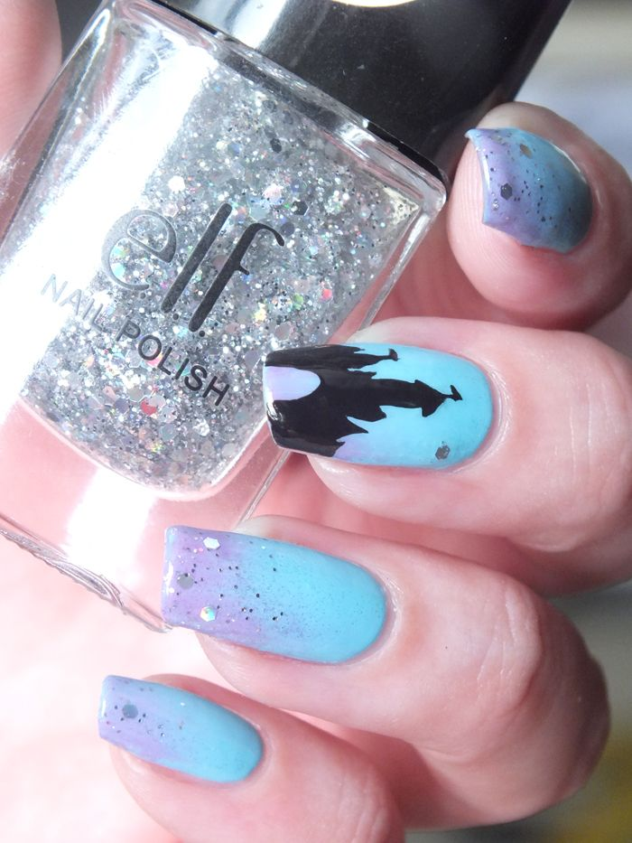 nailart-feerique-chateau-disney-castel-disneyland-paris-degrade-eponge-gradient-bleu-violet-kiko-sparkle-paillettes-glitters-dream-maker-elf-eyeslipsface-nailpolish-manicure (7)
