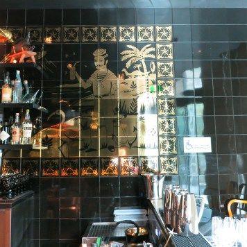 bazaarmar_18 Hotel SLS Brickell en Miami (USA) donde se encuentra el restaurante, Bazaar Mar by José Andrés, decorado por el diseñador Philippe Starck y que destaca por el uso de azulejería artística en todas sus paredes, azulejería que ha desarrollado la empresa Cerámica Artística San Ginés de Talavera de la Reina.Toledo (SPAIN)