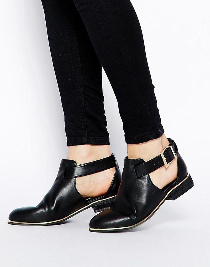 113 best schuhe sind rudeltiere images on pinterest ankle boots black velvet and blackest black. Black Bedroom Furniture Sets. Home Design Ideas