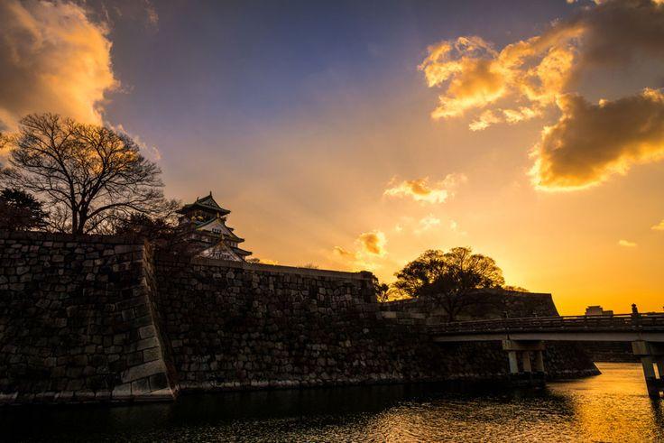大阪城の夕焼け. Foto de tomoya0628