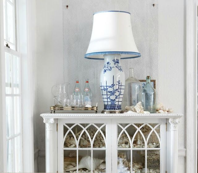 Chinoiserie Chic: Coastal Chinoiserie: Cabinets, Lamps, At The Beaches, Beaches Inspiration Decor, Ralph Lauren, Blue, Beaches Home, Coastal Home, Beaches Houses