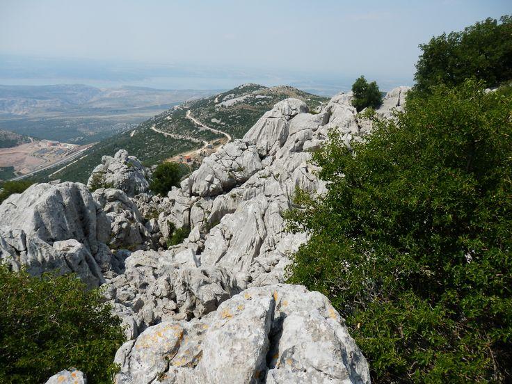Mali Alan, Velebit, Croatia http://jhrdy.webgarden.cz/rubriky/chorvatsko-2013/mali-alan-vinnetou