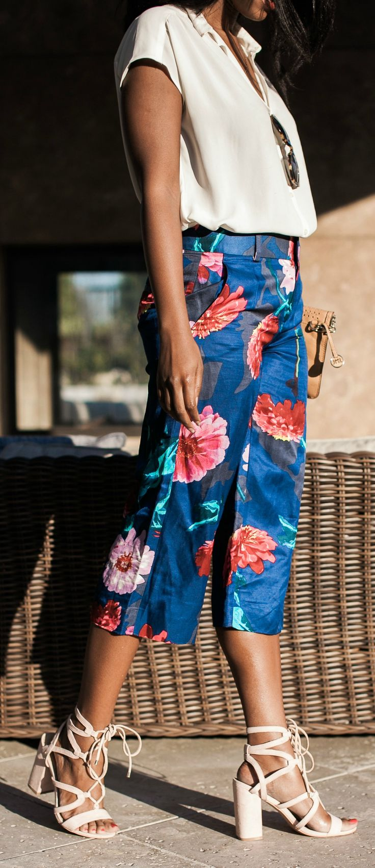 floral capris -- such a cute spring work outfit idea!
