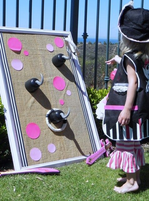 Games at a Pirate Girl Party #pirate #partygames