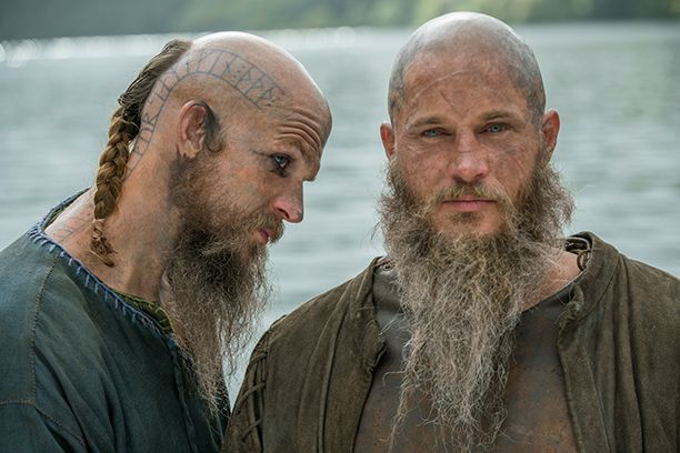 Vikings photos: Creator teases Lagertha's female lover | EW.com