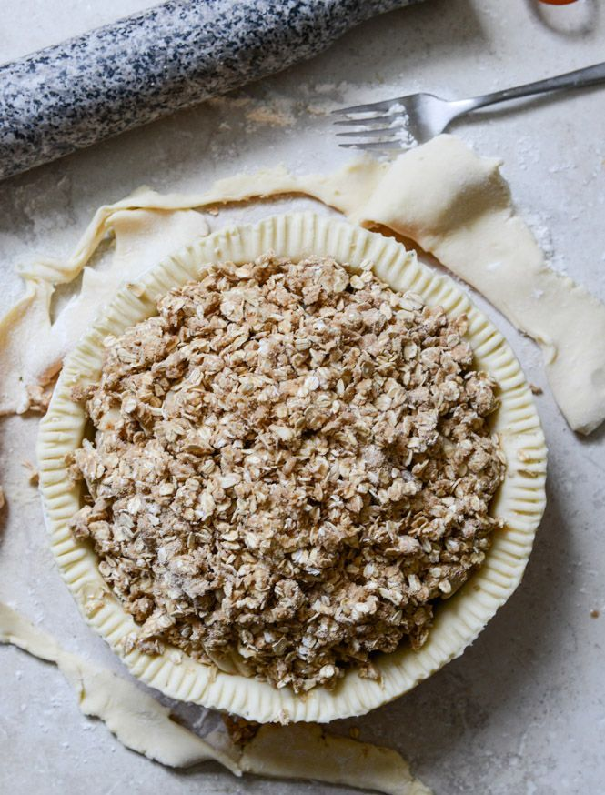 Cider Boubon Apple Pie with Oatmeal Cookie Crumble I  #OH.... I love this!#