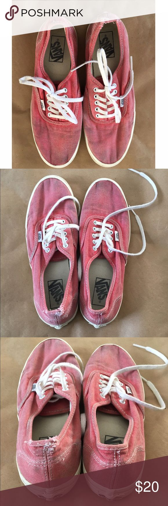 Vans Authentic Lo Pro Shoes Men's 7/Women's 8.5 pre-loved Peach Coral Vans Authentic Lo Pro skate shoes. still lots of life left. bottoms are in great condition. size 7 in Men's or 8.5 in Women's. Vans Shoes