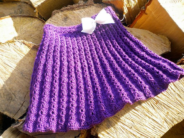 Ravelry: Project Gallery for Marian Skirt pattern by Taiga Hilliard Designs