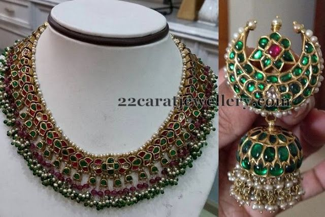 Jewellery Designs: Emerald Kundan Set Ethnic Jhumka