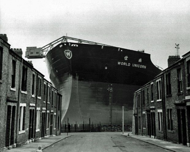"Building the ""World Unicorn"". Wallsend shipyard, Tyneside in 1973. Via Tyne & Wear Archives & Museums."