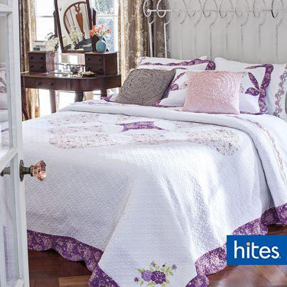 Opta por una opción más Vintage y dale una estética única a tu dormitorio, atrévete a mezclar el romanticismo con estilo clásico y colores pasteles.