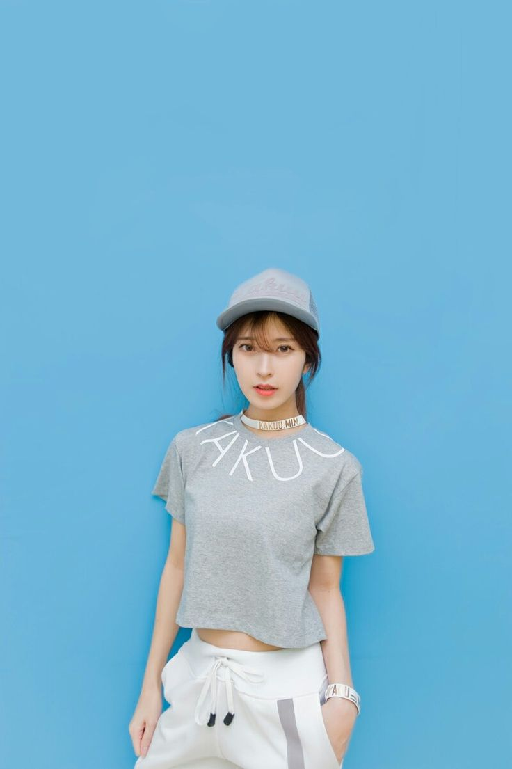 You should do yourself a present and put your peepers on our killer classification of KAKUU crop t-shirt gray. We've got hi-lo tank point, tango predominate with lace trim, shapes and letter print tees, and bond tanks, too.  Sleep armour? Uh huh. There's so much to be thankful for. If browse tees are what you're looking for then consider no further... kakuubasic.com