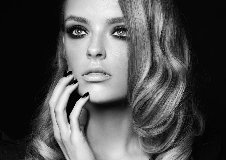 Home - Permanente make-up, wenkbrauwen, pmu, hairstrokes 3D, beauty- en brow bar Amsterdam, epileren, threading, mooie wenkbrauwen, mrs. highbrow, waxen, verven, brow company, highbrows, clinic, beauty salon, browbar, beauty clinic, wenkbrauwspecialist, wenkbrauwspecialiste, beauty studio, schoonheidssalon, mooie wenkbrauwen, manicure, make-up, botox, browlift, wenkbrauwlift, eyebrowlift, natural cosmetics, skin doctors, beste, aaanbieding, feather brows, mesjestechniek