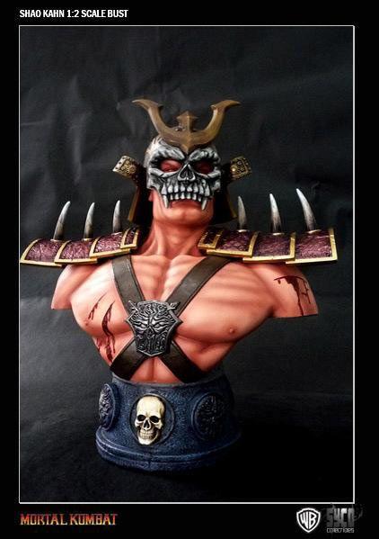 Busto Mortal kombat 9. Shao Kahn, 41 cms  Espectacular busto de 41 cms perteneciente al popular videojuego de mortal kombat 9, con el personaje Shao Kahn emperador del mundo exterior.