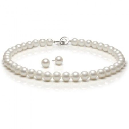 Columbine Freshwater Pearl Necklace
