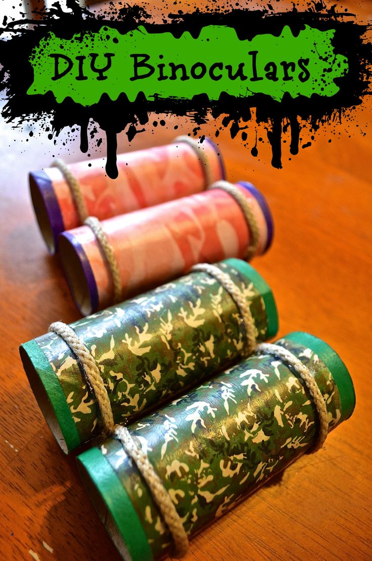 LOVE this Camo themed DIY Toilet paper tube Binoculars for kids - a great recycled craft that can be used for everything from birthday parties to outdoor camping fun