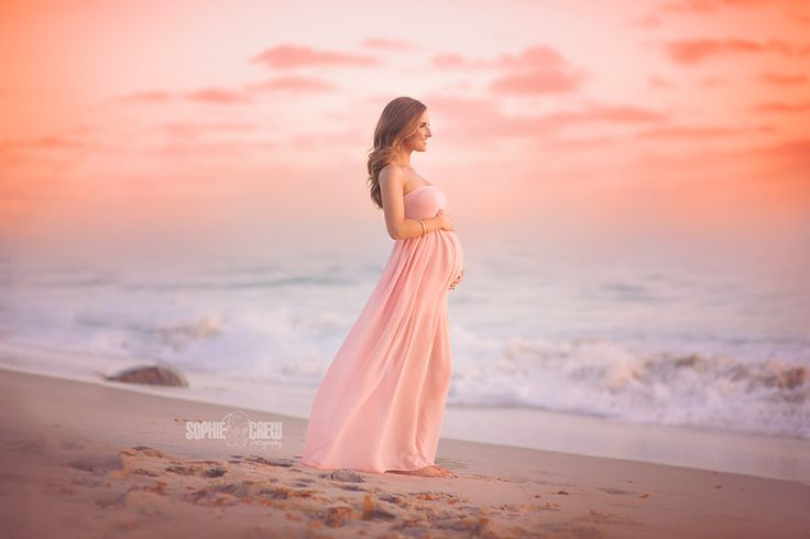 Maternity beach photo