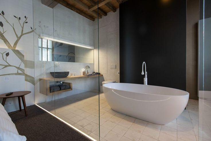 Nowoczesna łazienka w hotelu