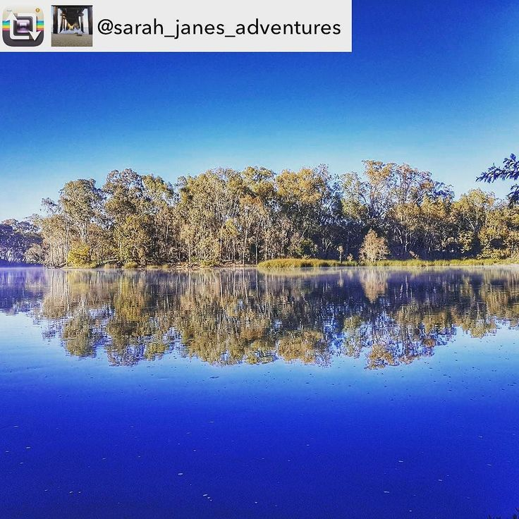 If you can't get enough of the Goulburn River then here it is TWICE. What a fantastic reflection @sarah_janes_adventures was able to capture. #visitheartofvic