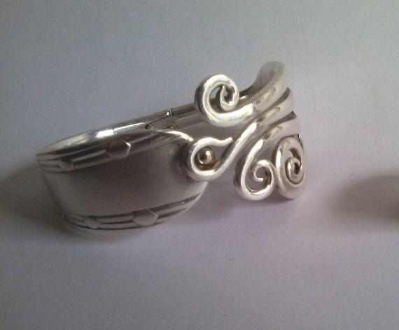 Bracelet fourchette articulé ,bijou original, fait main, stylisé, artisanal