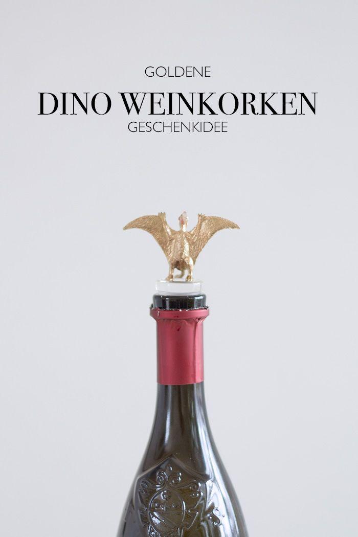 Geschenkidee goldene Dinos als Weinkorken - DIY Blog lindalovesde