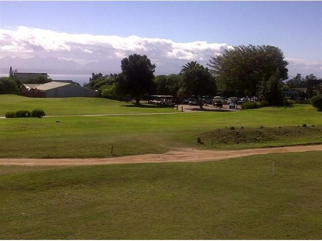 Situated on the Mossel Bay Golf Estate, this north facing unit offers views of the golf course, the ocean and the Outeniqua Mountains in the background. Walking distance from the clubhouse, allows you to make use of all the facilities available there. WEB REF: AMOS-0029  #mosselbay #golfestate #golfcourse