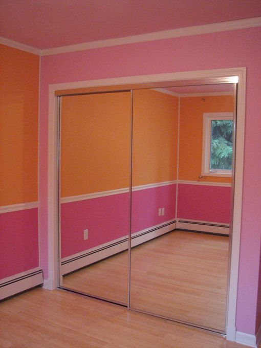 orange and pink room