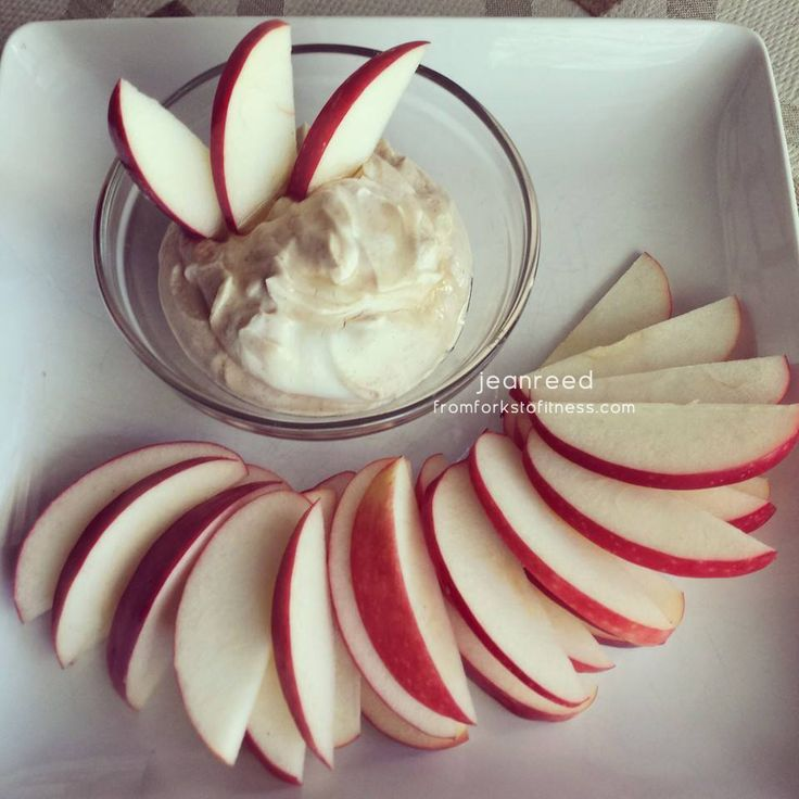 21 Day Fix: Vanilla Peanut Butter Fruit Dip | From Forks to Fitness #21dayfix