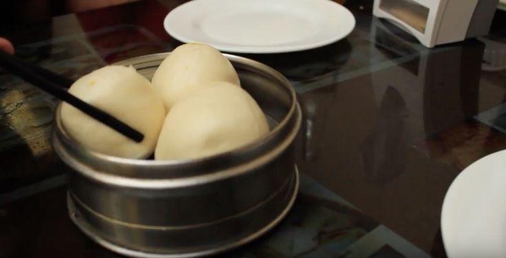* El dim sum es una parte importante de la cultura asiática, sobre todo       en Hong Kong y China. Son piezas/ porciones pequeñas, significa tocar       una parte del corazón.        * Se comen normalmente en el desayuno y acompañan el té. Se comparte       con la familia usualment