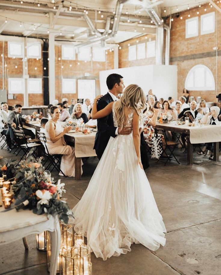 Informal Wedding Reception Weddings In 2019 Kleid