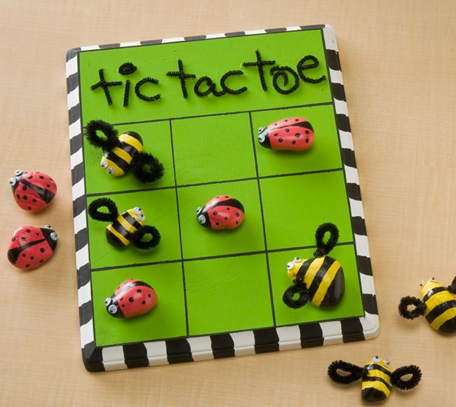 Plaid® Ladybug Vs. Bumblebee Tic Tac Toe (using Apple Barrel® paint) #kids #craft
