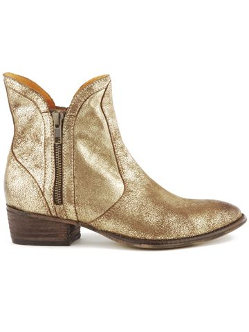Seychelles Footwear - This is just...just...well, it's gold!  Who doesn't want gold boots?!