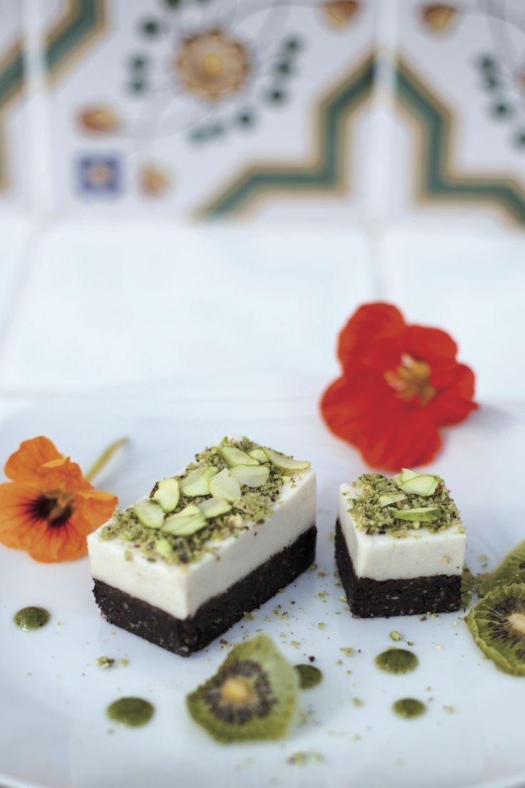 Gâteau cru choco-citron. Une recette extraite du livre Le Grand Livre de la Cuisine Crue, de Christophe Berg