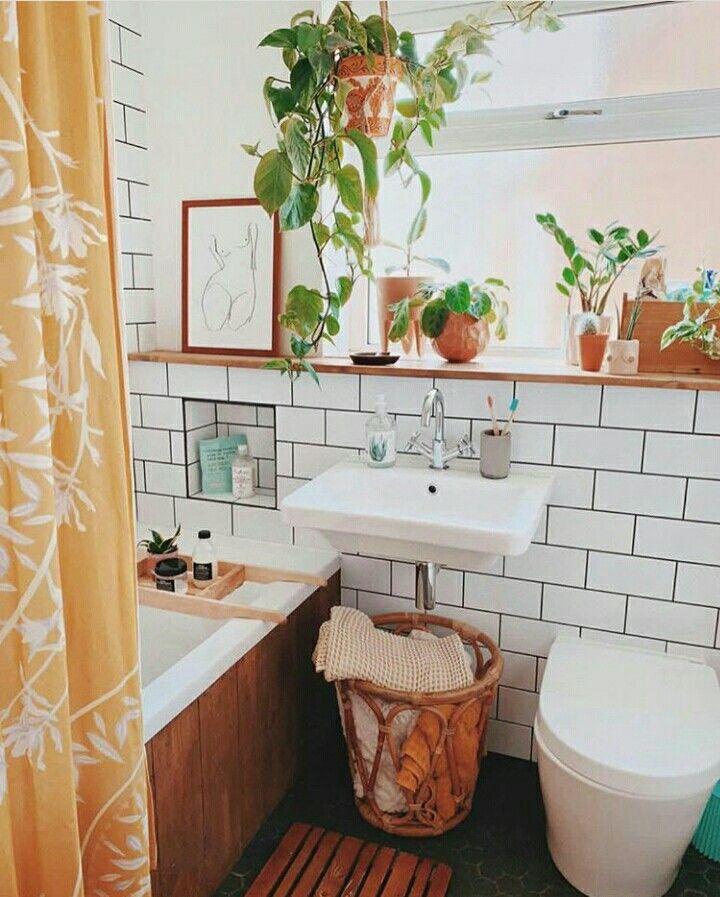 Pin By Rewinder On Houses Rooms Bright Bathroom Decor Boho Bathroom Home