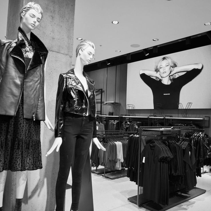 """RESERVED, London, UK, """"Kate Moss x Reserved"""", photo by Discover LPP, pinned by Ton van der Veer"""