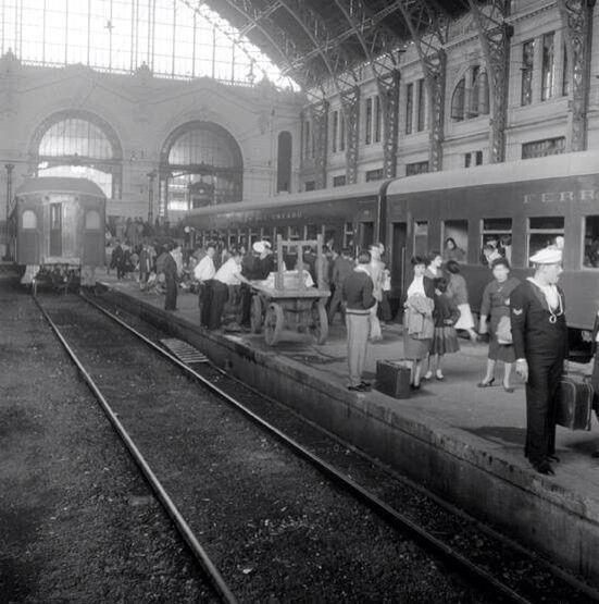 Andenes estación mapocho, Chile 1955