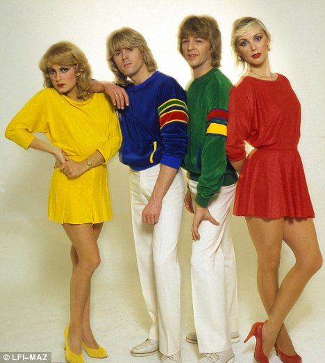 Bucks Fizz makeing your mind up for Eurovision.