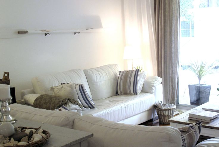 Best 25 White Leather Sofas Ideas On Pinterest Living Room Decor Black Leather Sofa Modern