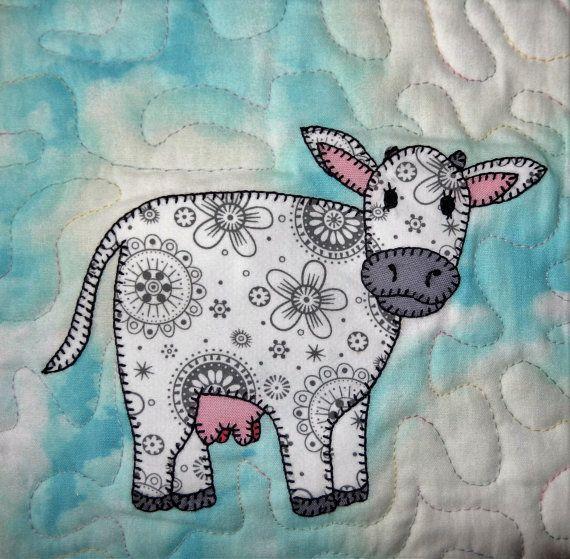 Cow PDF applique quilt block pattern; farm animal applique quilt; dairy cow PDF quilt block; baby quilt pattern; child's or nursery quilt