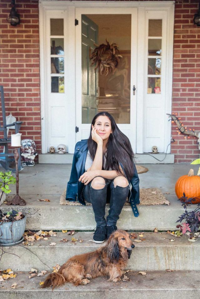 What's your favorite part about being on the road?  VC: Meeting the audience...connecting with them. Back Roads & Backstage with Vanessa Carlton   Minnetonka Moccasin