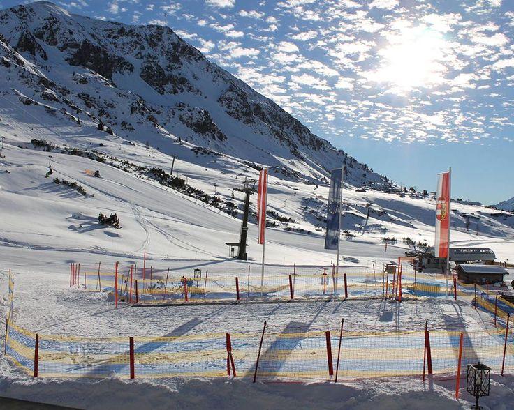 Skikindergarten in Obertauern direkt vor dem Seekarhaus