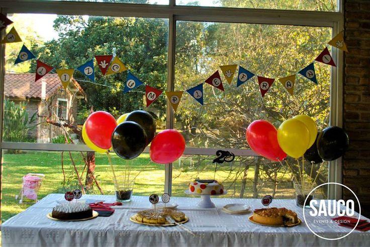 Ambientación para el cumple de Fran / Mickey Mouse / Candy Bar y decoración / Cumpleaños infantil / Kids birthday / Party decor / By LAURA&DONNA / Envíos a todo el mundo / We ship worldwide / Contact us lauraydonna@gmail.com