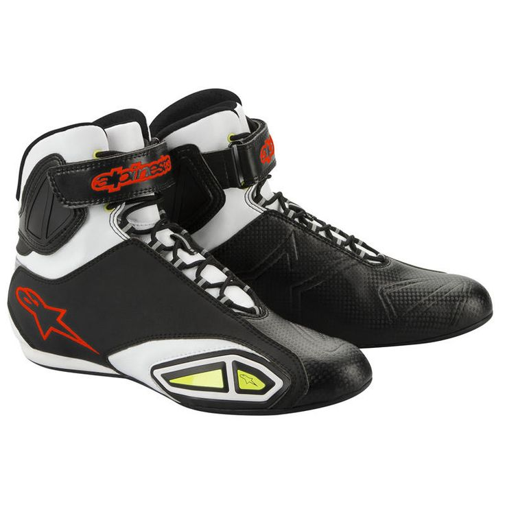 Alpinestars Fastlane Motorcycle Riding Shoe  Description: The Alpinestars Fastlane Commuter Boots are packed with       features…              Construction                       Sleek profile upper is constructed from lightweight, durable and         abrasion resistant microfiber                    Breathable mesh liner aids airflow...  http://bikesdirect.org.uk/alpinestars-fastlane-motorcycle-riding-shoe-8/