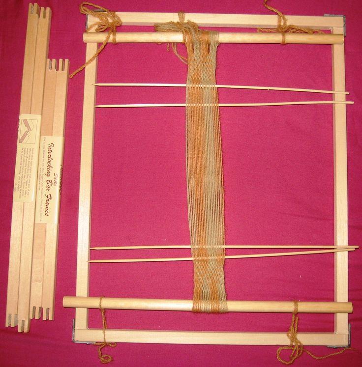 A bar frame used as sprang loom. Muestra distintos tipos de marcos, explica ventajas y desventajas de cada uno.