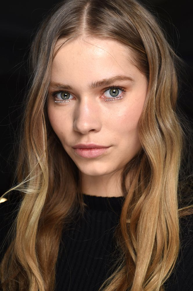 10 Standout Beauty Looks At NYFW Fall 2015 (PHOTOS) | The Huffington Post Canada Style