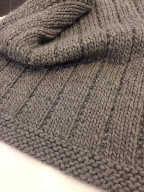 Couverture chaude de bébé - hot baby blanket — Tricot Montréal BOUTIQUE DE LAINE | ATELIER Knit and yarn shop and workshop