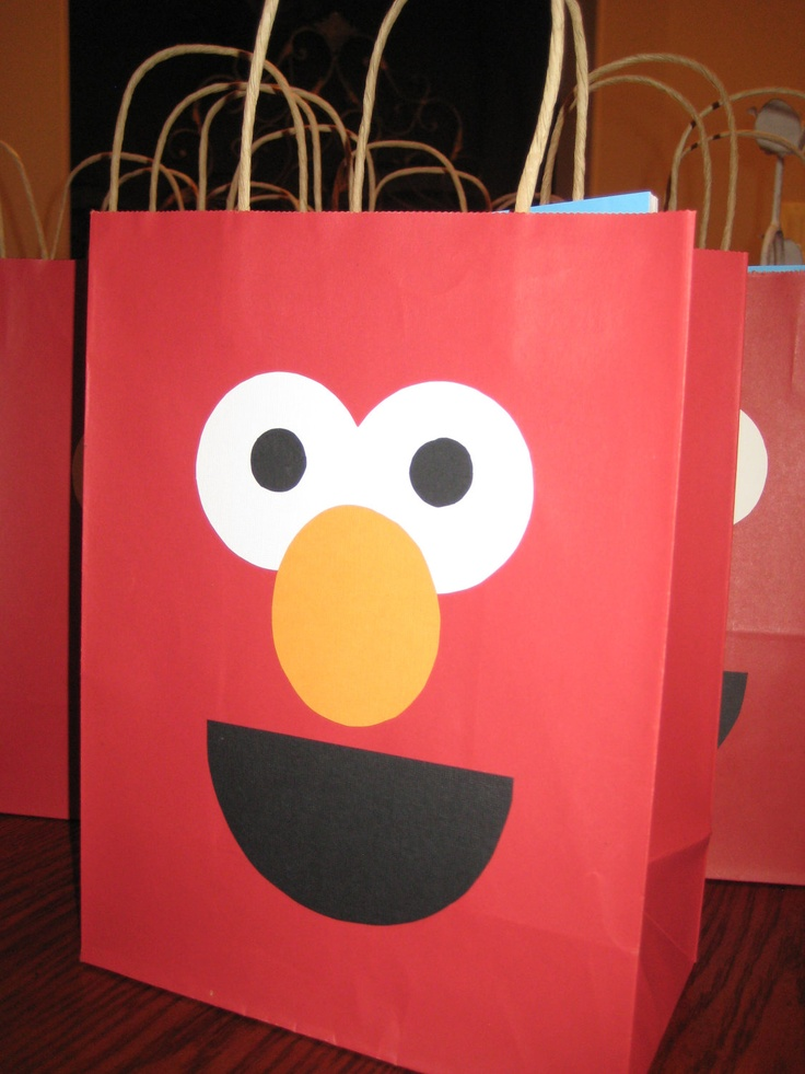 simple elmo gift bag for birthday party