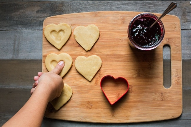 Heart-shaped Thumbprint Cookies